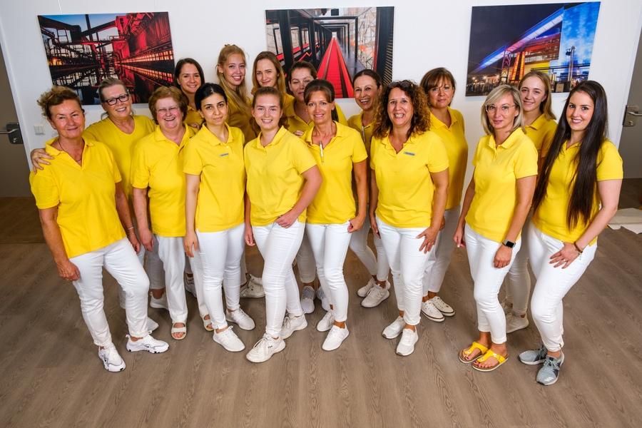 Teamfoto der Mitarbeiterinnen - Frauenarzt Frauenärztin Gynäkologie Pränataldiagnostik Essen