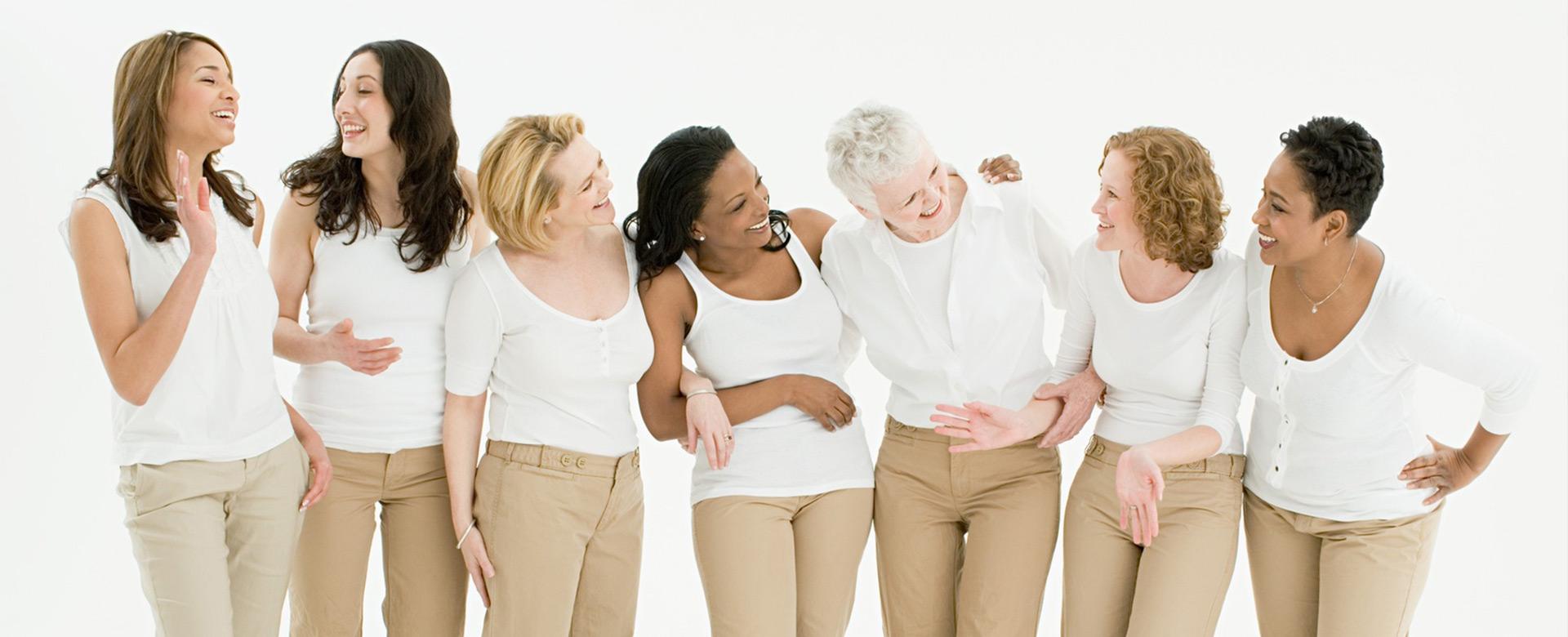 Foto einer Gruppe verschiedener Frauen - Frauenarzt Frauenärztin Gynäkologie Pränataldiagnostik Essen